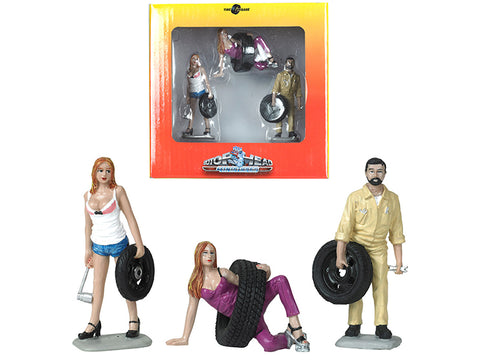 Val, Meg and Gary Tire Brigade (3 Piece Figure Set) 1/24 by Motorhead Miniatures