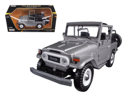 Toyota FJ40 FJ 40 Convertible Silver 1/24 Diecast Model Car by Motormax