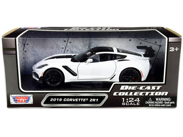 2019 Chevrolet Corvette ZR1 White with Black Accents 1/24 Diecast Model Car by Motormax