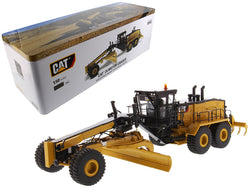 CAT Caterpillar 24 Motor Grader with Operator High Line Series 1/50 Diecast Model by Diecast Masters