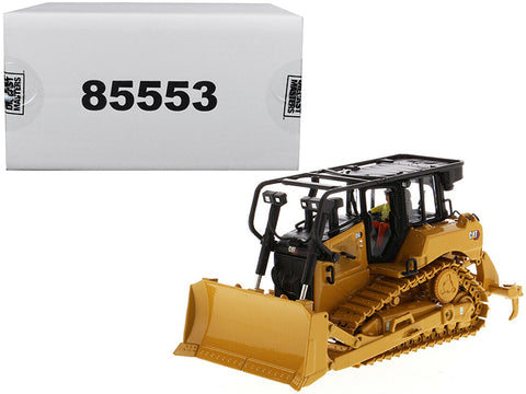 CAT Caterpillar D6 Track Type Tractor Dozer with SU Blade and Operator High Line Series 1/50 Diecast Model by Diecast Masters
