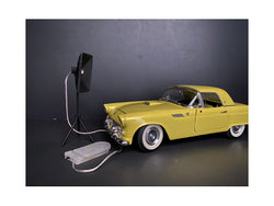Photographer Lighting Kit (Set of 2 Lights) for 1/18 Scale Models by American Diorama