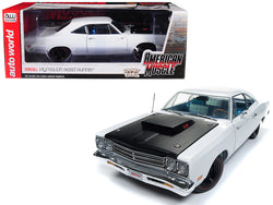 "1969 Plymouth Road Runner White Looney Tunes ""Hemmings Muscle Machines"" Limited Edition to 1002 pieces Worldwide 1/18 Diecast Model Car by Autoworld"