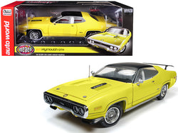 "1971 Plymouth GTX Hardtop Lemon Twist with Black Top ""Muscle Car & Corvette Nationals"" (MCACN) Limited Edition to 996 pieces Worldwide 1/18 Diecast Model Car by Autoworld"