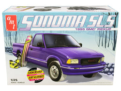 1995 GMC Sonoma SLS Pickup Truck with Snowboard and Boots Plastic Model Kit (Skill Level 2) 1/25 Scale Model by AMT