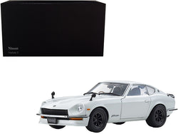 1970 Nissan Fairlady Z-L (S30) RHD (Right Hand Drive) White Pearl 1/18 Diecast Model Car by Kyosho