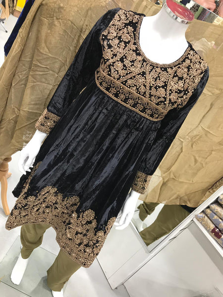Inspired Winter Velvet Design RM2128