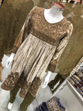 Inspired Winter Velvet Design RM2129
