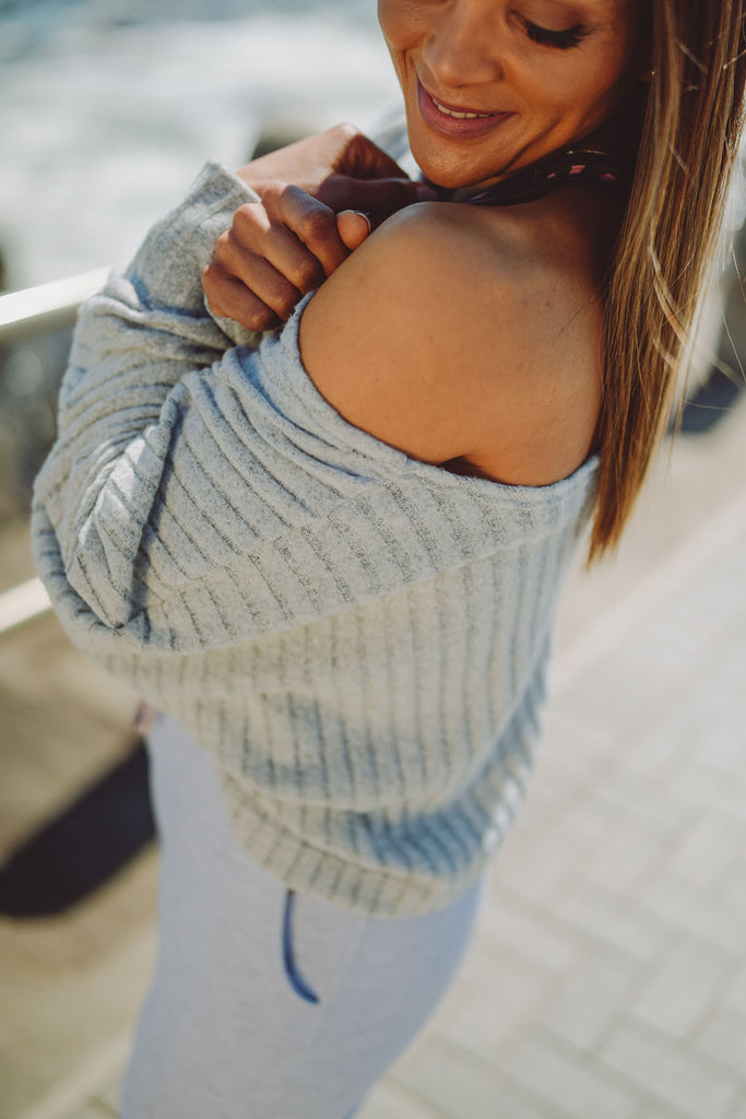 THE JESS LOUNGE TOP | GREY
