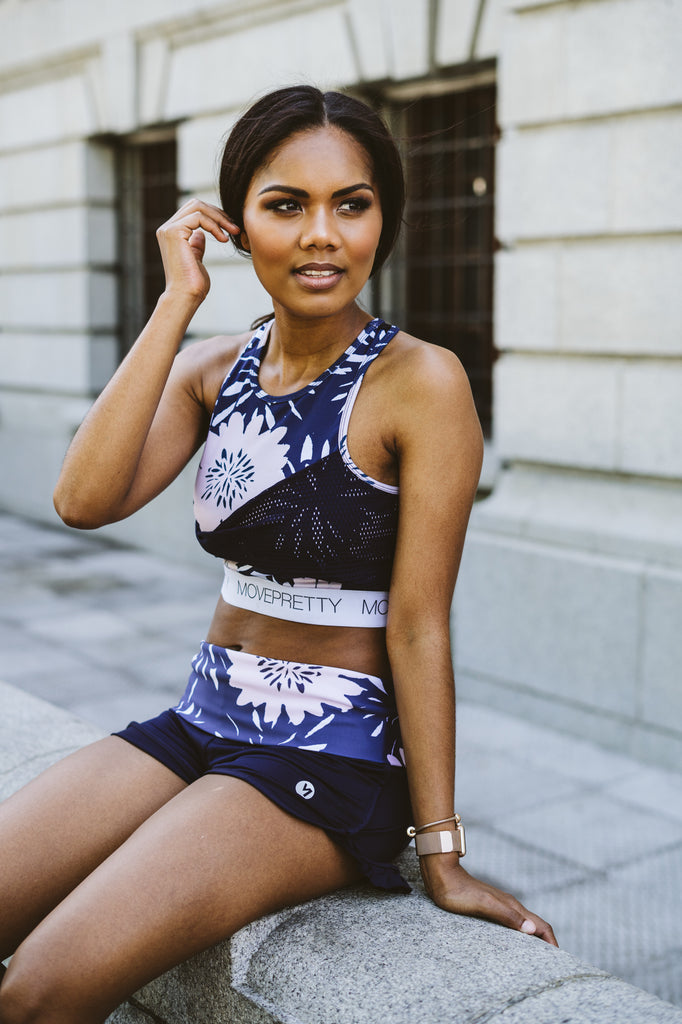 THE FLORAL TWIST CROP