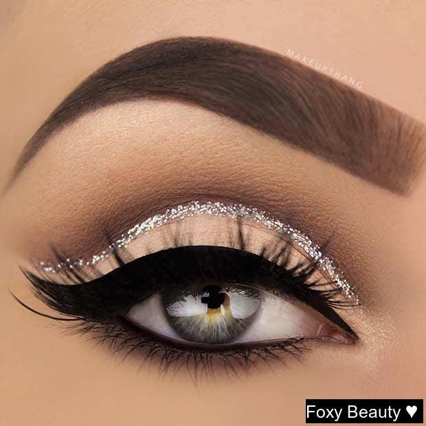 Silver Glitter Cut Crease Eye Makeup Look