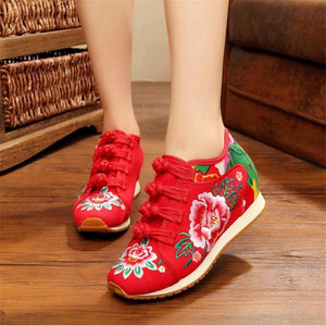 Flower Embroidered Sneakers Red / 4