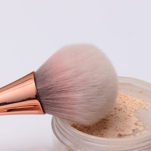 Quality pink makeup brush set