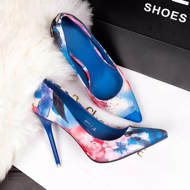 Retro Flowers Floral Pointed High Heels blue / 35