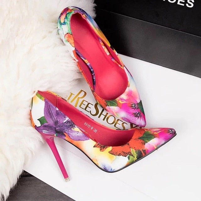 Retro Flowers Floral Pointed High Heels pink / 35