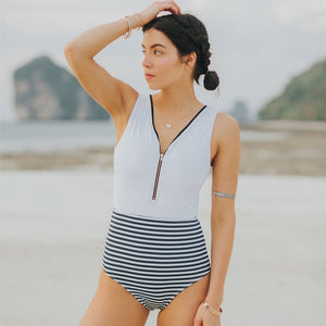 Sexy One Piece Swimsuit Swimwear Whitefrontzip / S