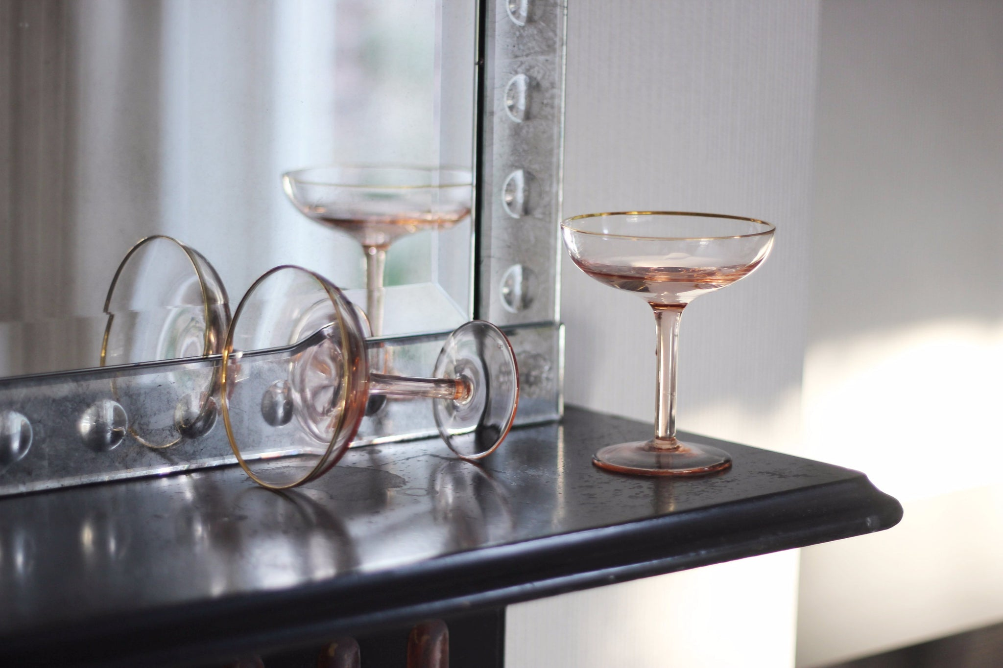 Champagne Coupe - Set of Glasses