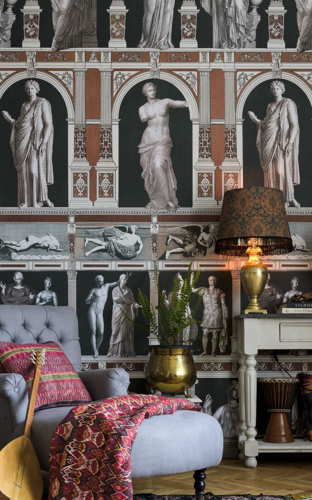 Statues of Antique Wallpaper