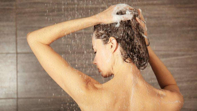 Wash The Right Way (5 Tips For The Perfect Hair-Wash)
