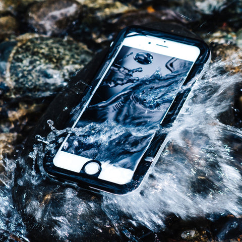 sale retailer 6859f be8e7 Take Perfect Underwater Pictures With Your iPhone | Hitcase