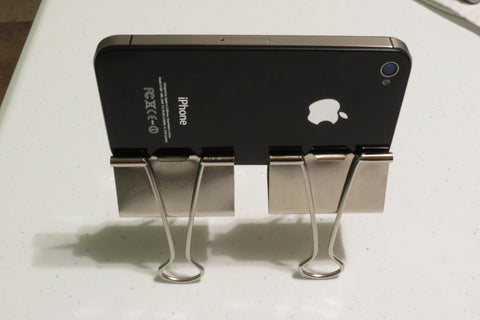 binderclip tripod for iPhone
