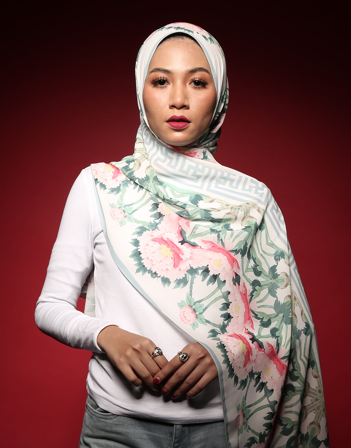 #AYCHINA Chengdu Shawl in White
