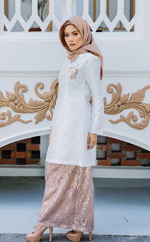 Kurung Pahang in Light Brown & White