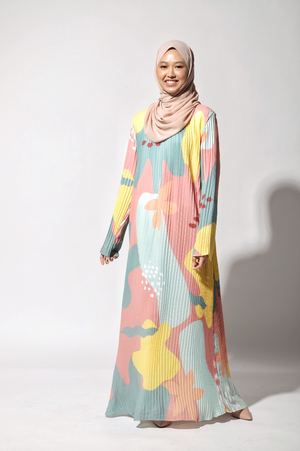 NIHAYA Pleated Dress Dahlia in Peach Yellow