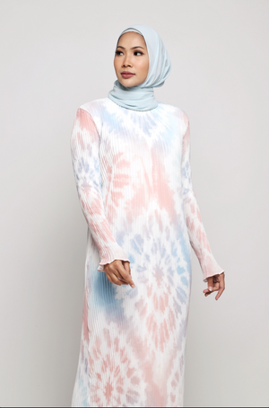 #AYTIEDYE Diamond Pleated Dress in Pink Sky