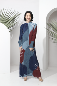 AYLEBARAN 2021 Pleated Dress in Cherri Cornflakes