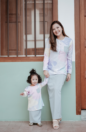 AYLEBARAN 2021 Kids Mini Kurung in Mama Carrie