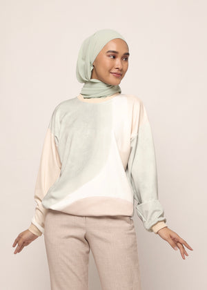 #AYSerenity Sweatshirt in Tea Green