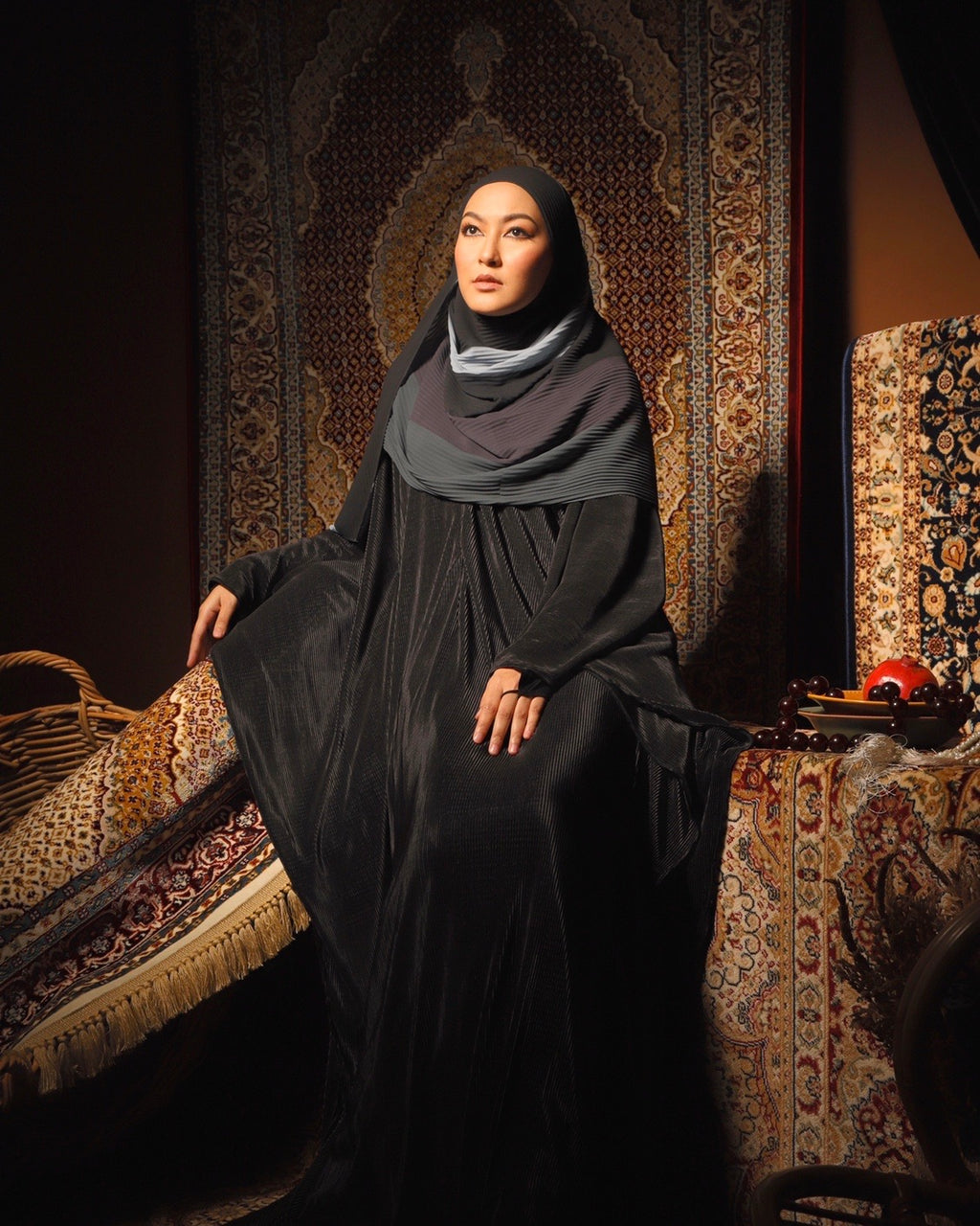 #AYARABIA Black Pleated Abaya