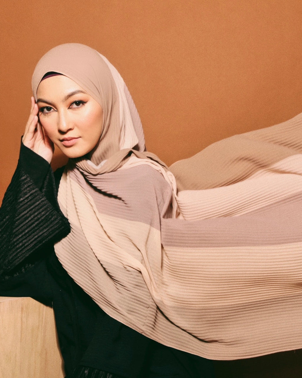 #AYARABIA Pleated Shawl in Nude