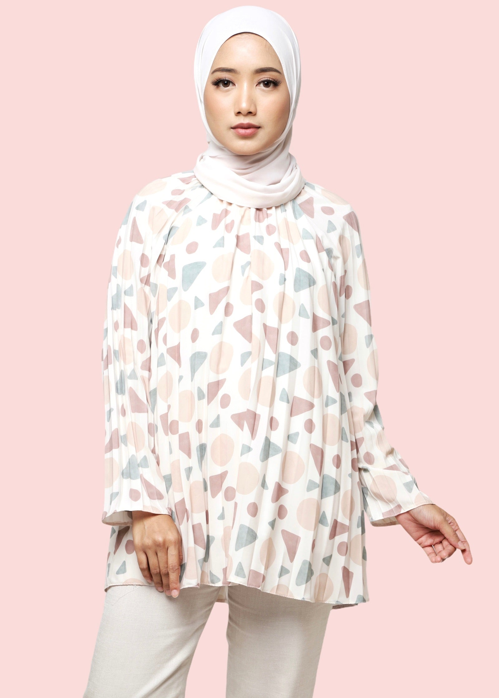 Variasi A Line Top Geo in Nude