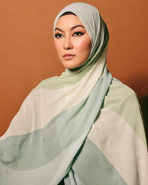#AYARABIA Pleated Shawl in Mint