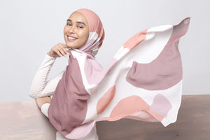 #AYSERENITY Printed Shawl in Blush Red