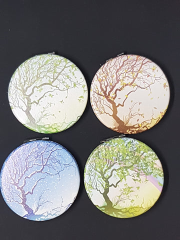 Compact Mirror Tree