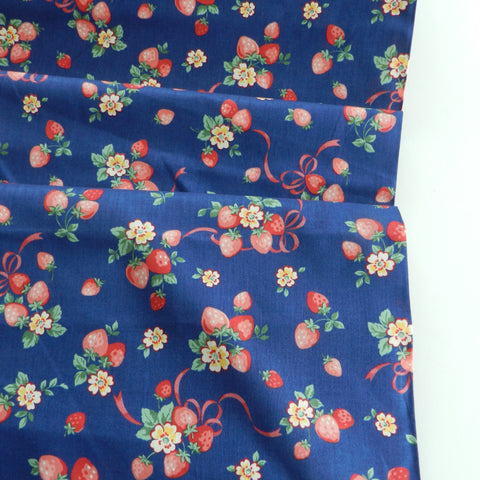 Strawberry Bouquet - Navy - Atsuko Matsuyama - 30's Collection - Yuwa