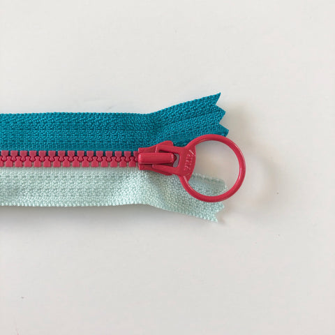 Tricolor Zipper - Teal and Light Blue with Dark Pink pull - YKK