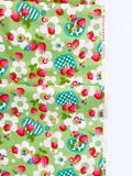 Strawberry and Gingham Hearts - Green - Very Cotton - Kokka