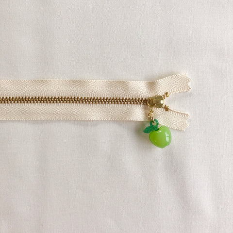 Apple Fruit Zipper - Antique Green