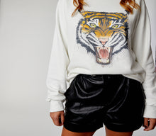 Women's Oversized White Tiger Sweatshirt