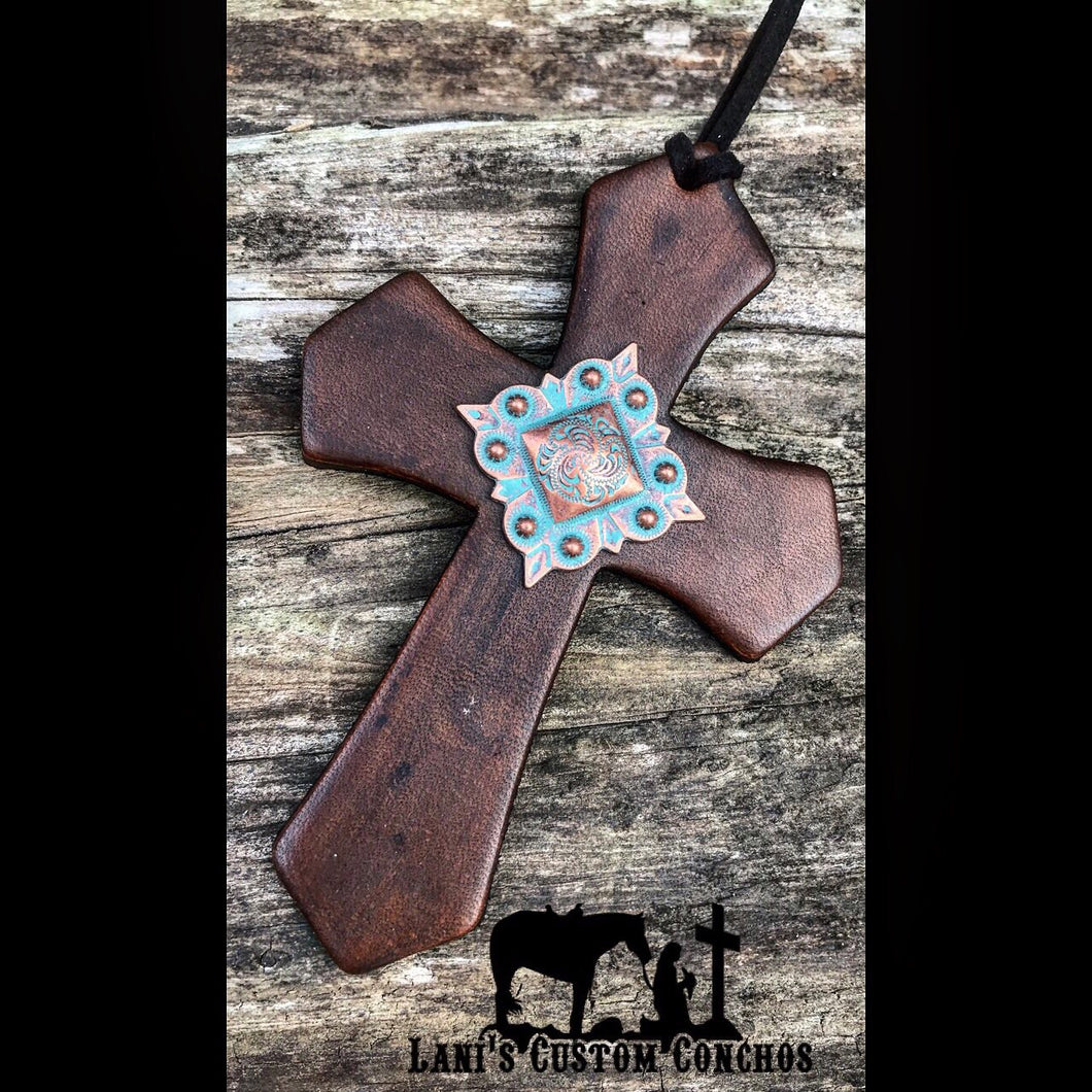 Square Patina Medium Stain Saddle Cross
