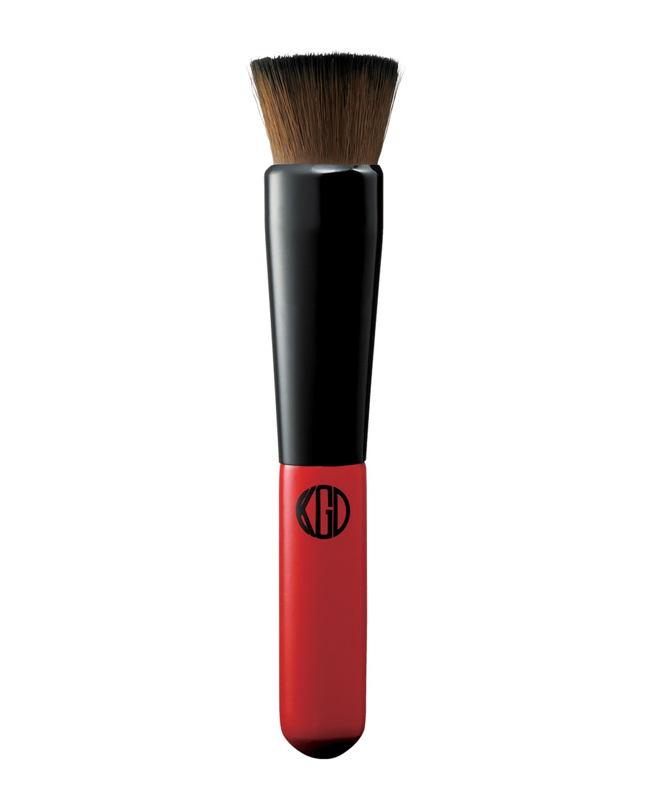 Stipple and swipe your way to seamless coverage with our versatile, flat-head foundation brush.