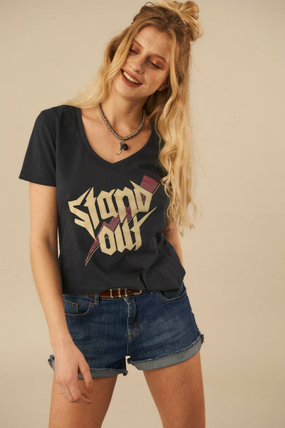 Remera Stand Out