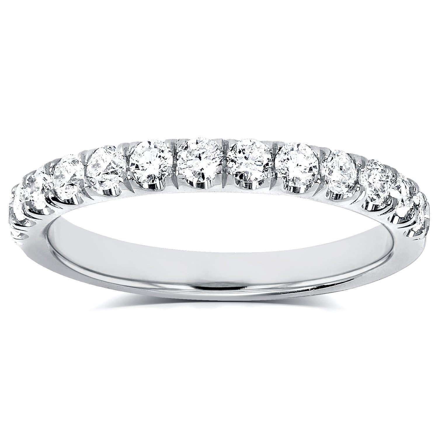 Reviews COMFORT FIT FRENCH PAVE LAB GROWN DIAMOND BAND - 4 18k Gold White Gold