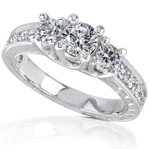 Vintage Diamond Three-Stone Engagement Ring 7/8 carat (ctw) in 14K White Gold