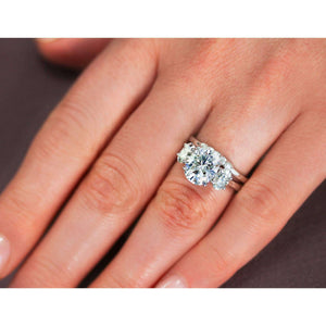 The 3 Stone Trellis Oval Ring