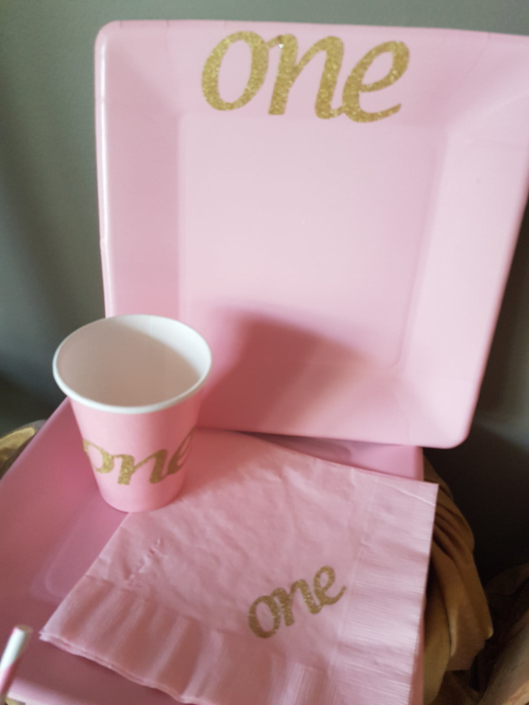 First Birthday Tableware. ONE Tableware. Cake Smash Party Supplies. Pink and Gold Party & First Birthday Tableware. ONE Tableware. Cake Smash Party Supplies ...